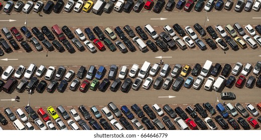4 June 2017, Beverwijk, Holland. Aerial view of long rows with coloured cars at a parking lot at the Bazaar.