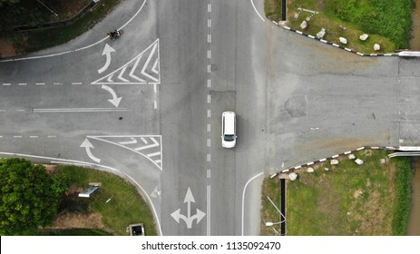 4 ways Traffic Junction