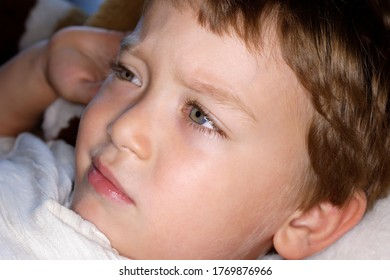 4 years old male child portrait