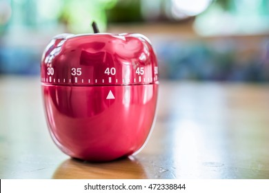 40 Minutes - Kitchen Egg Timer In Apple Shape On Wooden Table