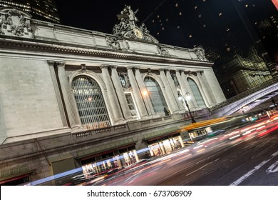 42nd street in Manhattan contains two of the most iconic buildings of NYC, Grand Central Station