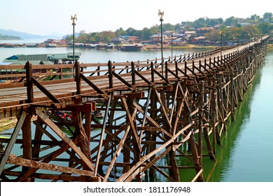 447 Metre-long Mon Bridge, the Longest Handmade Wooden Bridge in Thailand, Located in Sangkhlaburi District, Historical Place in Kanchanaburi Province, Western Thailand