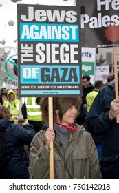 4th November 2017, London, United Kingdom:-Pro Palestine demonstrators march through London against the Balfour declaration of 1917 and the on going Isreali occupation