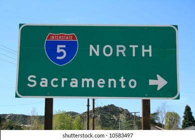 5 Freeway North Sign