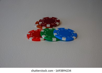 5 Poker chips various colours