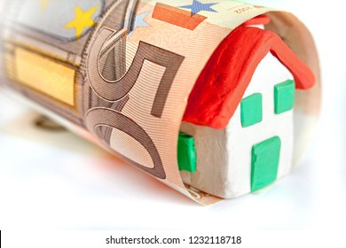 50 euros with a small house