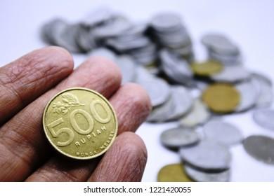 500 indonesian rupiah coin