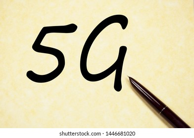 5G sign write on paper