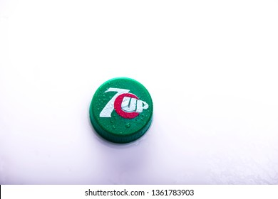 7 Up fizzy drink bottle cover