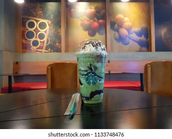 7 Jun 2018- Starbucks BKK. Grand venti Matcha frappucino serve with caramel whip cream and chocolate java topping fill earlgrey tea jelly inside