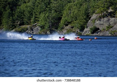 The 7th Annual Muskoka Powerboat Race took place in Gull Lake, Gravenhurst, Ontario on June 24, 2017 with more than 100 racers across the country. The race won the Race of the Year award in 2016.