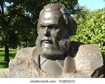 8th of September 2016 - Statue of Karl Marx in Gorky Park, Moscow, Russia