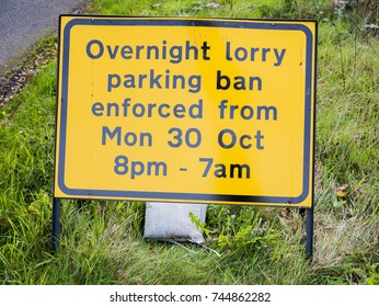 A20 Ashford, Kent 30th October 2017 HGV overnight parking ban comes into force