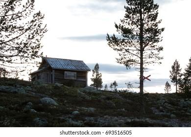 aaabandoned log cabin.
