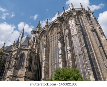 Aachen Cathedral in spring (Aachener Dom)
