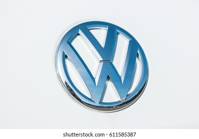 vw logo im genes fotos y vectores de stock shutterstock. Black Bedroom Furniture Sets. Home Design Ideas