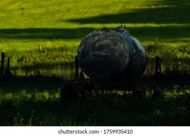 Abadonned watertank in de wild