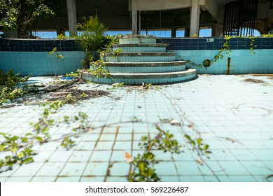 abandoned building, swimming pool