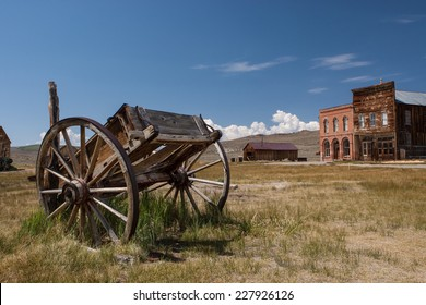 Abandoned carriage, Bodie ghost town, California, USA