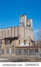 abandoned grain elevator and factory in prospect park area of minneapolis minnesota,