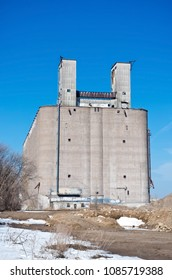abandoned grain elevator and storage facility in industrial area of minneapolis minnesota hennepin county