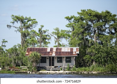 Abandoned house bayou