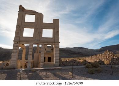 Abandoned House in the Ghost Town Rhyolite near Death Valley 04