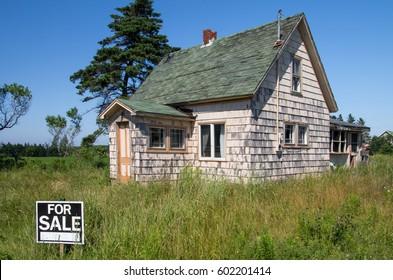 House Broken Down Images Stock Photos Vectors Shutterstock