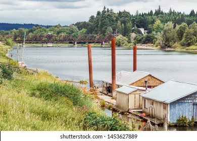 Abandoned houseboats on the river