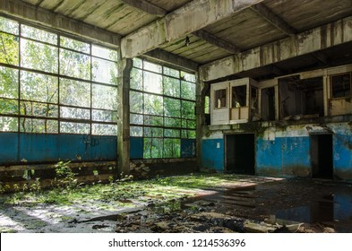 Abandoned industrial hall with photo manipulation - incredible textures and colors