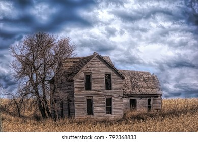 Abandoned old house on a winter day