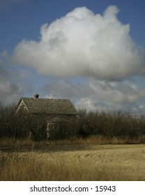 An abandoned prairie house in saskatchean.