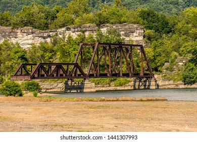 Railroad Bridge Over Water Images, Stock Photos & Vectors | Shutterstock