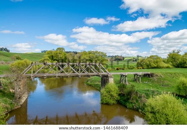 Abandoned railway bridge at Conical Hill, New Zealand