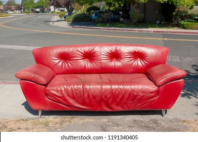 Old Sofa Images, Stock Photos & Vectors | Shutterstock