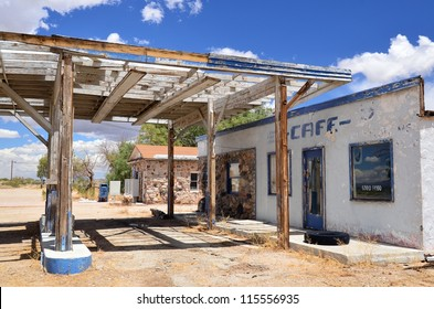 Abandoned Restaurant at Route 66