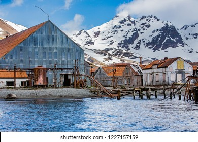 Abandoned, rsty bildings of a deserted whaling station on Stomne