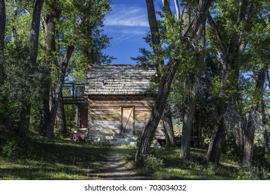 Abandoned settler cabin in Joes Valley in Emery County Utah.