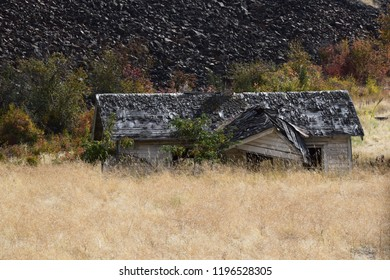 Abandoned structure Montana field
