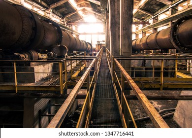 Abbadia San Salvatore, Italy. Jan 2019 Industrial lathes of the first half of the 20th century. The workshop is located in an old mercury mine, now a museum Abbadia San Salvatore, Italy