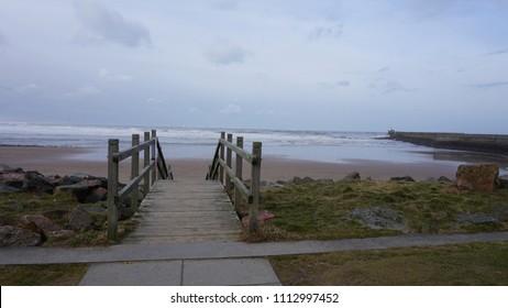 Aberdeen beach, Scotland, To the beach