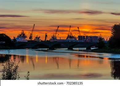 Aberdeen harbour, Scotland, United Kingdom, 16th August 2017. Aberdeen harbour and the River Dee ar sunrise.