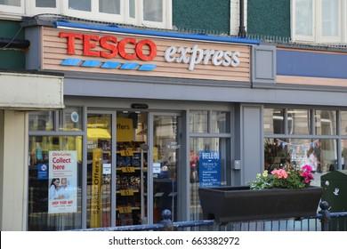 Aberystwyth, Ceredigion, Wales, UK. 19 June 2017. Tesco Express Store.
