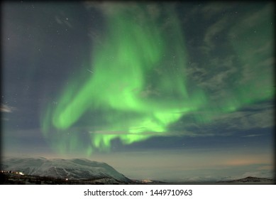 Abisko (Sweden): northern lights shaped like a being on the run