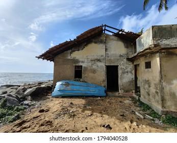 Abondoned house near the beach