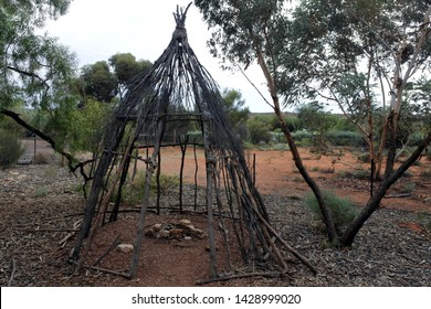 Aboriginal hut. Australian Aboriginals temporary shelter in central Australia outback.