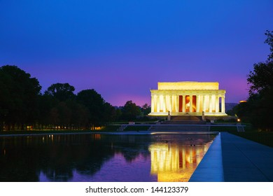 The Abraham Lincoln Memorial in Washington, DC in the evening