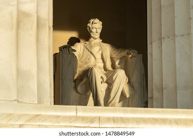 Abraham Lincoln stature at Lincoln Memorial