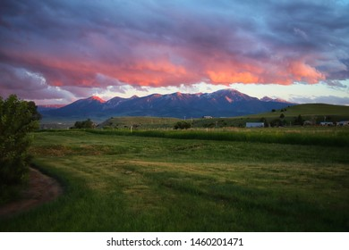 Absaroka Mountain Range in Livingston, MT