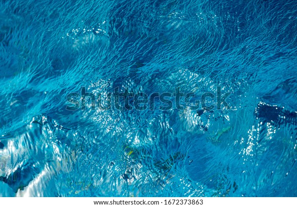 abstract-blue-waves-red-sea-600w-1672373